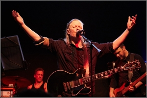 Live Review: Swans / Ψαραντώνης @ Gagarin 205 Live Music Space, 3/3/2017
