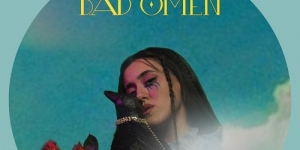VASSILINA: Ακούστε το νέο της τραγούδι BAD OMEN και δείτε το video clip